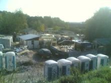 Pista ciclabile e campi di zingari