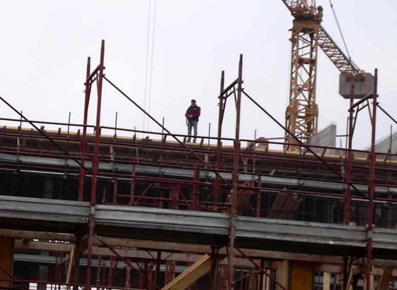 Cantieri edili e discariche il degrado di roma for Come leggere i piani del cantiere